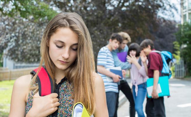 Нараства делът на онлайн тормоза сред учениците