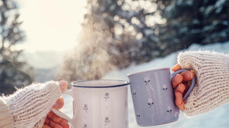 жена сутрин закуска уют зима