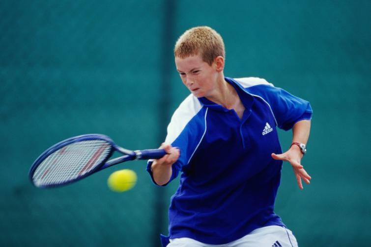 Сър Андрю Мъри e шотландски професионален тенисист и двукратен олимпийски шампион. Мъри е най-високо ранкираният британски тенисист. Той достига топ 10 в ранглистата на АТП за първи път през 2007. Най-висока позиция в Световната ранглиста постига през август 2009 (номер 2). Мъри е първият британец от 76 години насам, който печели турнир от Големия шлем, след като триумфира на US Open през 2012.През 2013 Анди Мъри побеждава Новак Джокович, превръщайки се в първия британец, печелил