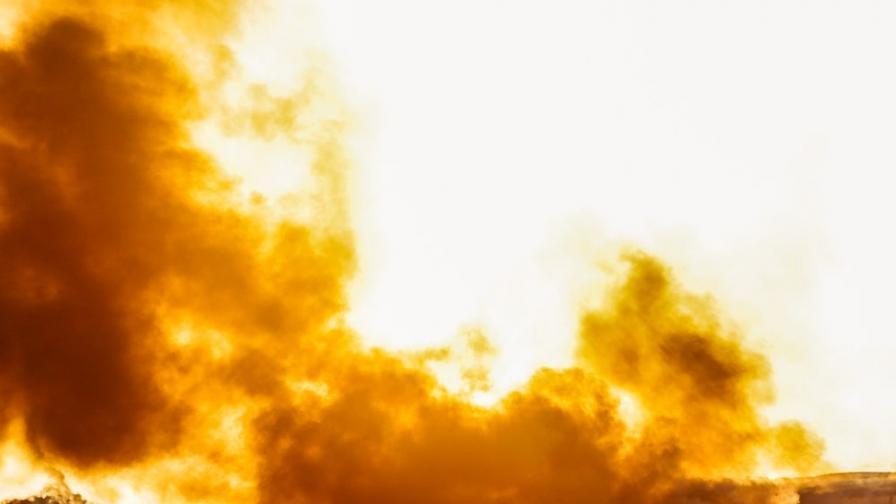 Голям пожар в цех за месо във Войводиново
