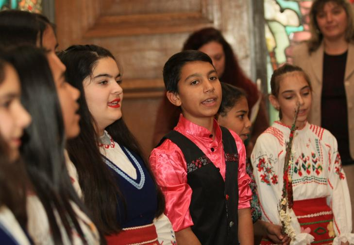 Децата, които посетиха министър Каракачанов, бяха от Средно училище