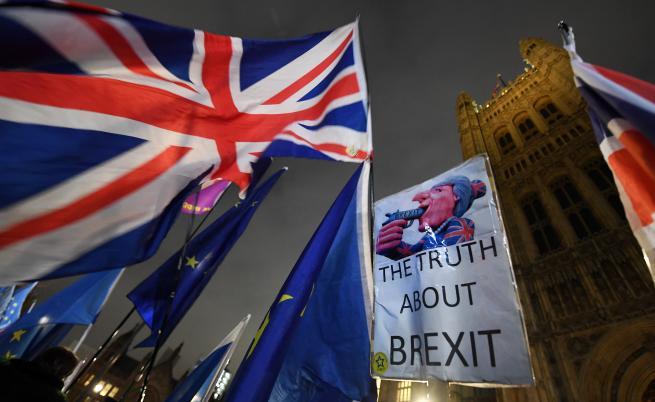 Нов обрат за Брекзит, отхвърлиха втори референдум