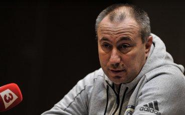 Мъри Стоилов се раздели с националния на Казахстан