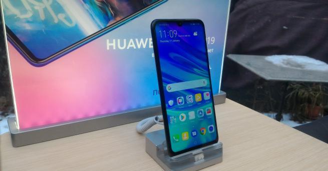 Технологии Huawei работи по конкурента на Android от 7 години
