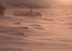 Висока снежна покривка в Смолянско