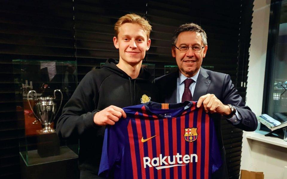 Де Йонг се надява да играе с Де Лихт и в Барселона