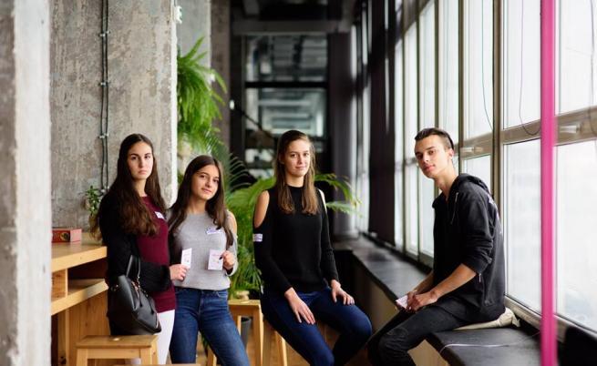 Български ученици откриват първите бизнес възможности в училище