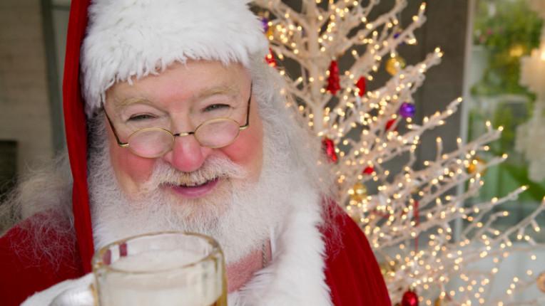 дядо Коледа бира