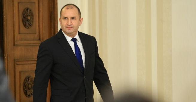 България Румен Радев: Апартаментгейт уронва държавността Държавният глава призова управляващите