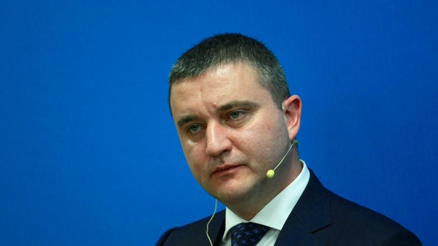Горанов: Президентът и ние не можем да прекратим взаимоотношенията