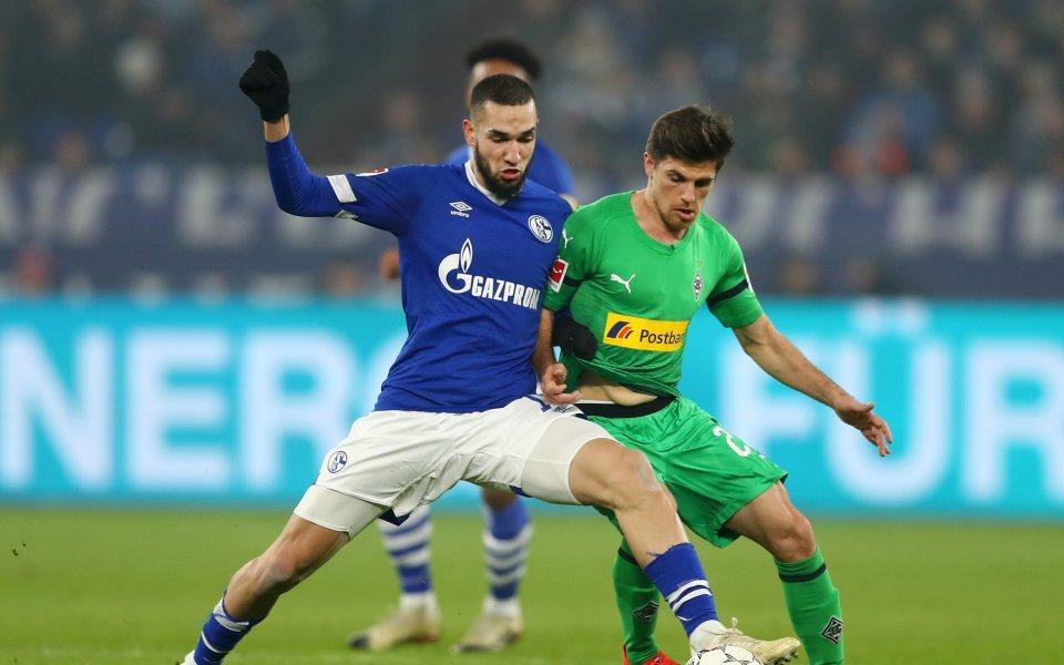 Борусия Мьонхенгладбах и Шалке се занулиха за началото на сезона