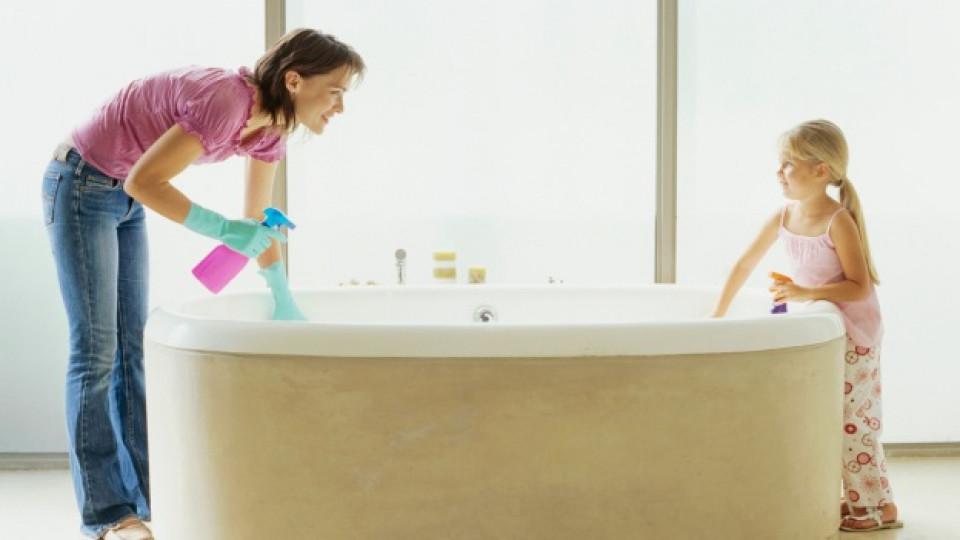 Как да изчистим банята с натурални продукти
