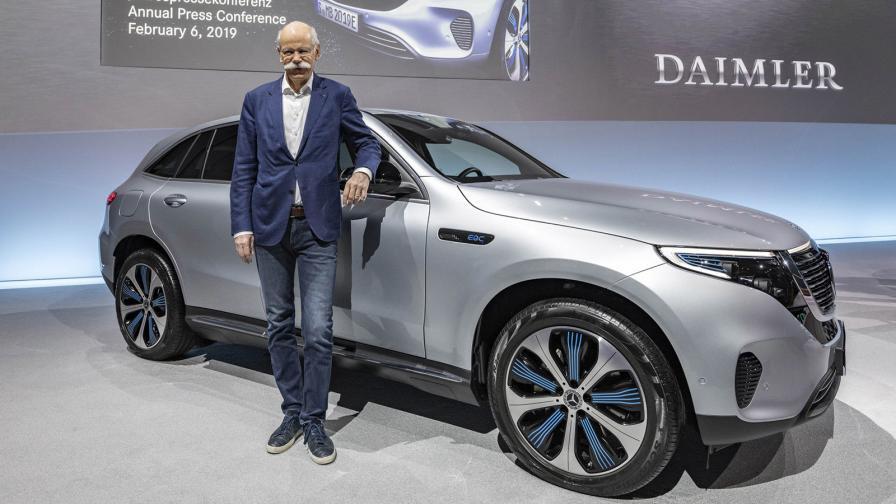 <p>Китайците искат повече от собствеността си в Daimler</p>