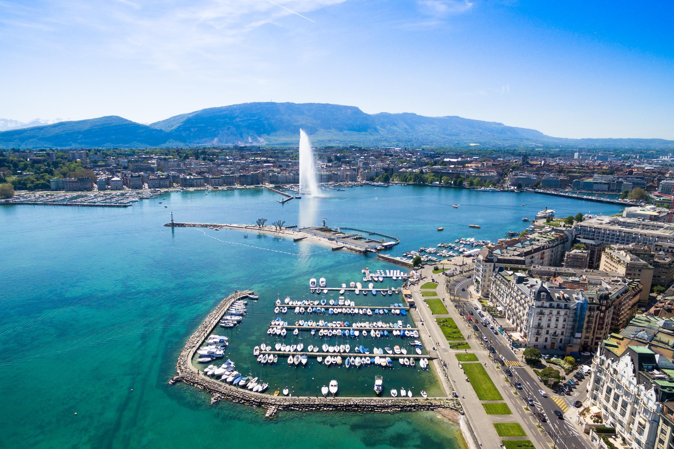Швейцарският град Женева е класика в жанра, така че едва ли е изненада, че присъства в тази класация. Градът съчетава минало, настояще и бъдеще в едно и предлага по нещо за всеки.