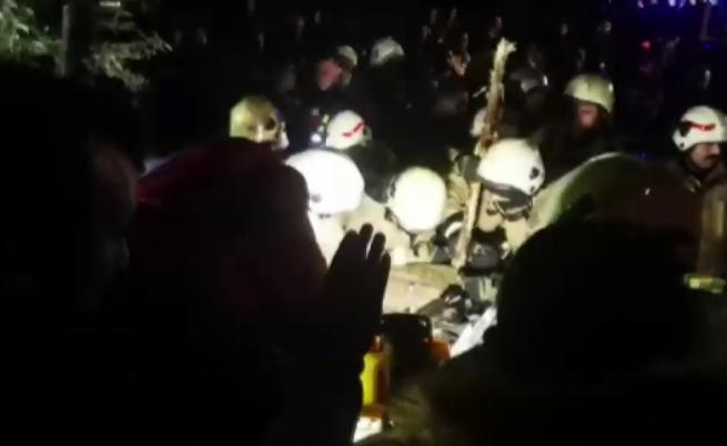 Военен хеликоптер се разби в Истанбул, жертви