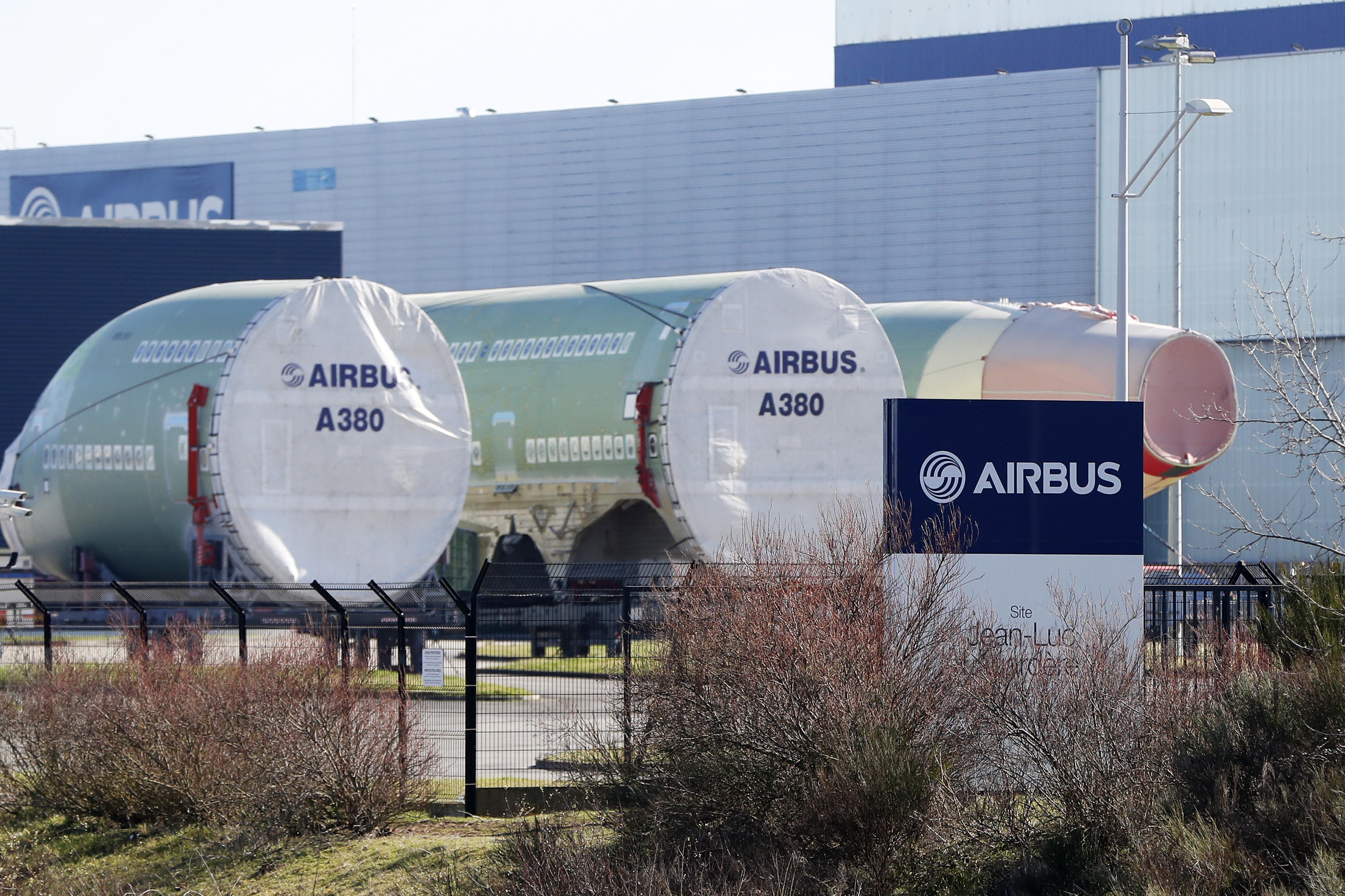 Използваемата площ в него е с цели 40 процента повече от най-големия самолет на конкурентите от Боинг.