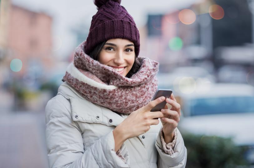 <p><strong>Овен</strong></p>  <p>Днес ще изпитвате желание да общувате, така че не отхвърляйте възможността да се срещнете с приятели или най-малко &ndash; да чуете какво вълнува колегите ви. Денят ще е чудесен за социалния ви живот &ndash; разговорите ви ще са особено приятни и ползотворни.</p>