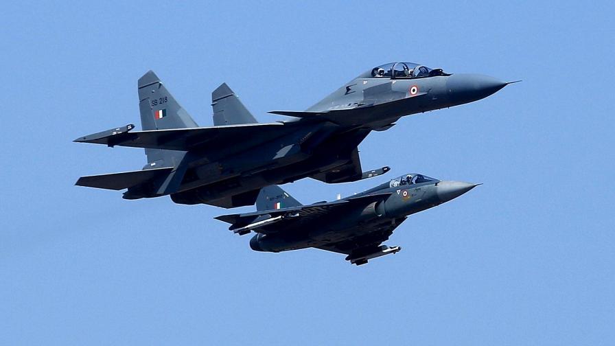 Кабинетът гласува 82,5 млн. лв. за ремонта на Су-25