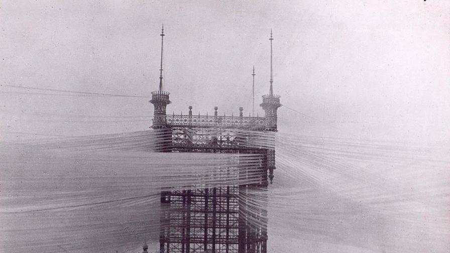 1890: Телефонната кула в Стокхолм с над 5500...