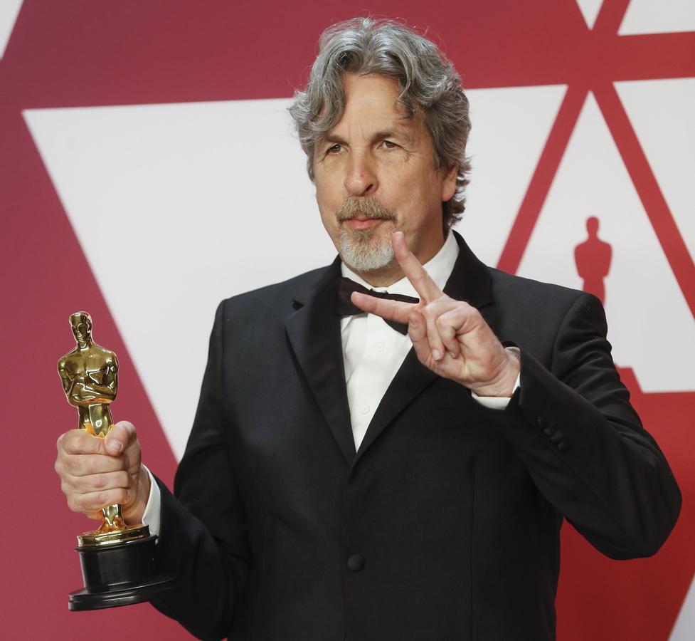 """За най-добър оригинален сценарий бе отличен Ник Валалонга, Брайън Къри и Питър Фарели за филма """"Зелената книга"""","""