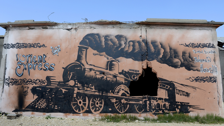 Железопътната гара в Триполи (вторият по население град в Ливан) започва да функционира през 1911 г. когато града е свързан със сирийския град Хомс