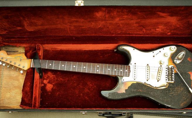 Една от китарите на Джими