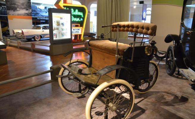 Електрическа триколка Riker от 1896 г.