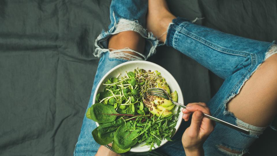 Спаначена салата с лимец