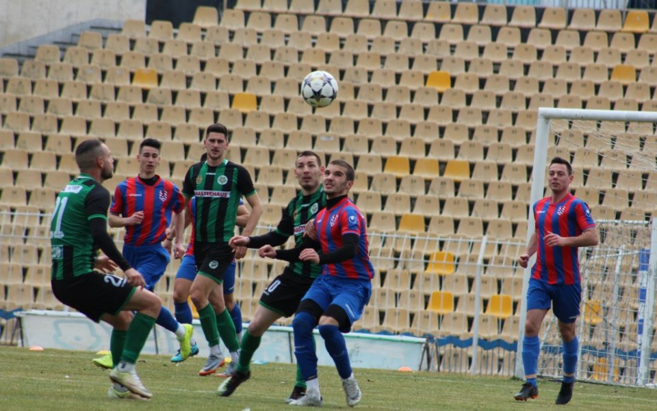 Отборът от Трета лига Сокол Марково е подал документи за