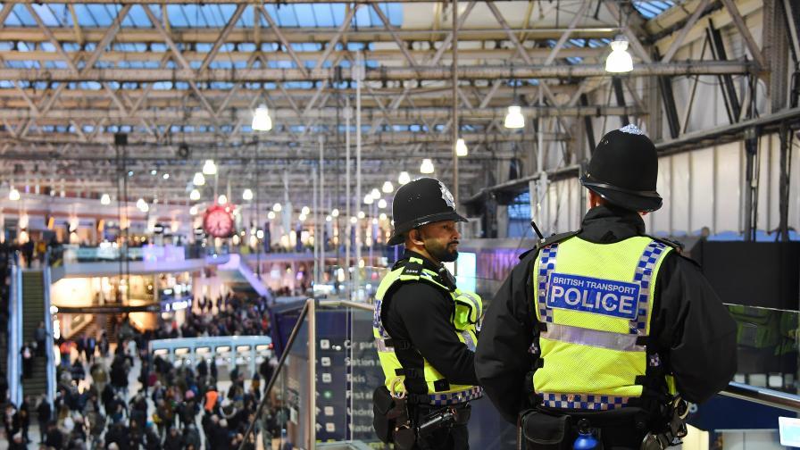 Пакети с експлозиви от Ирландия вдигнаха на крак Лондон