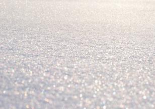 В Аляска поставиха рекорд за най-топло време и най-много сняг