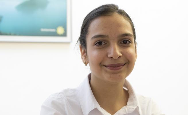 Евелина, която мечтае за Оксфорд, но засега променя Галиче