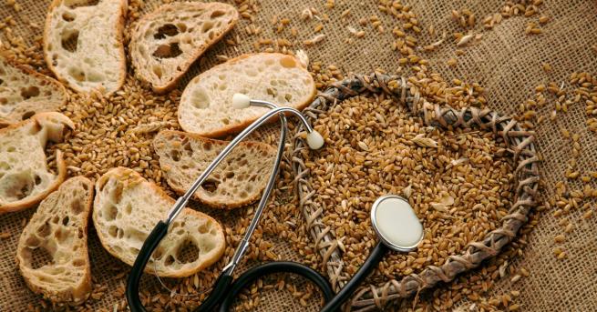 """Глутенът(отлатински:gluten– """"лепило"""") ебелтъчнасмес, която се съдържа в храни, произведени отжитои"""