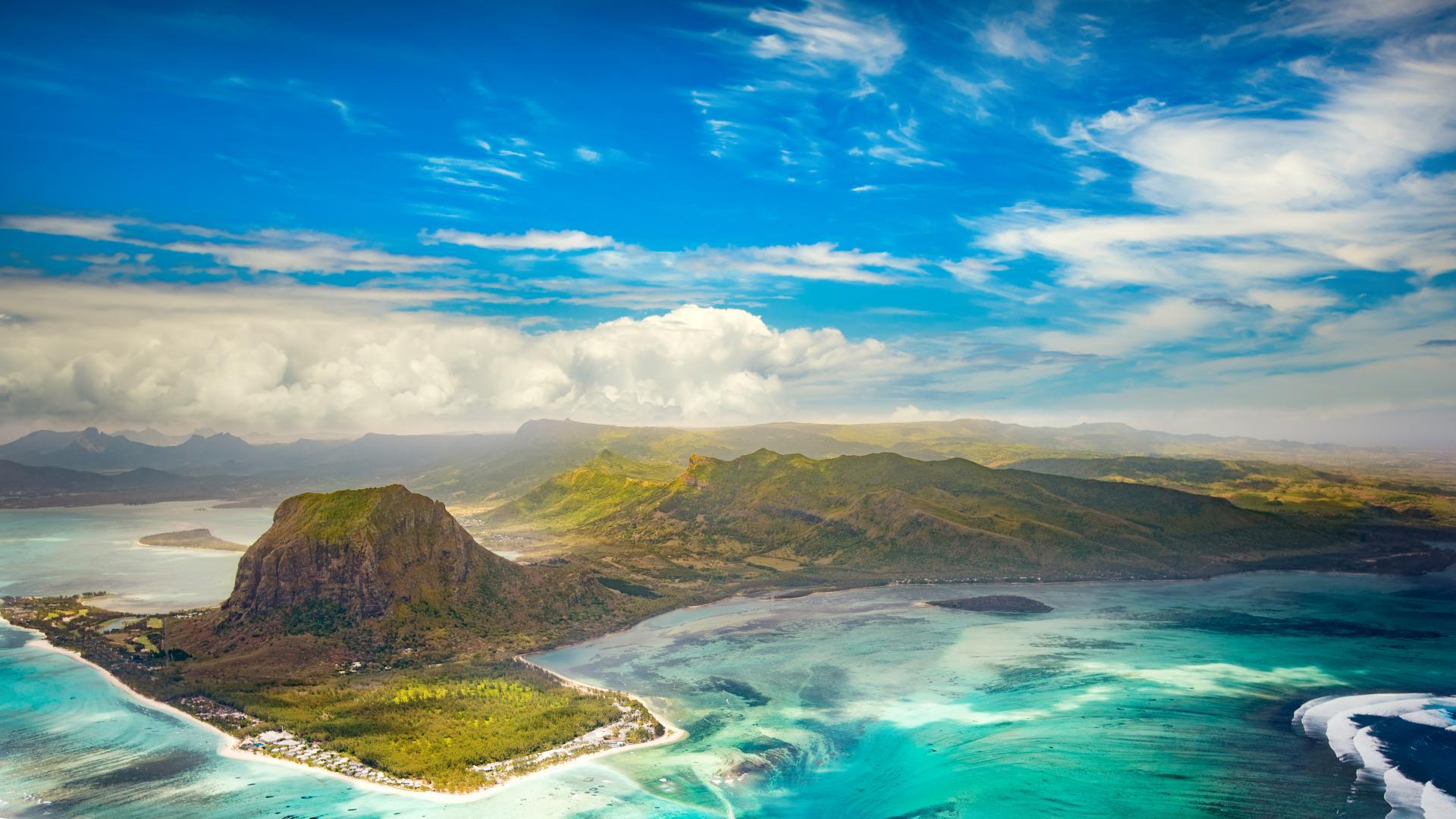 Този островен рай празнува своята независимост днес
