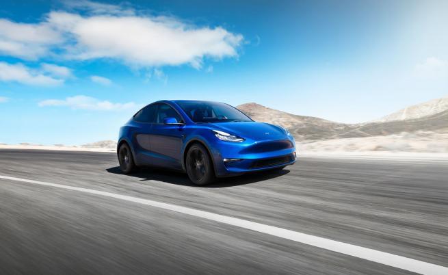 Tesla Model Y: нищо ново и интересно