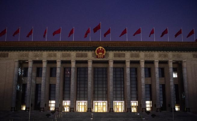 Нов етап в търговската война между САЩ и Китай - митата скочиха
