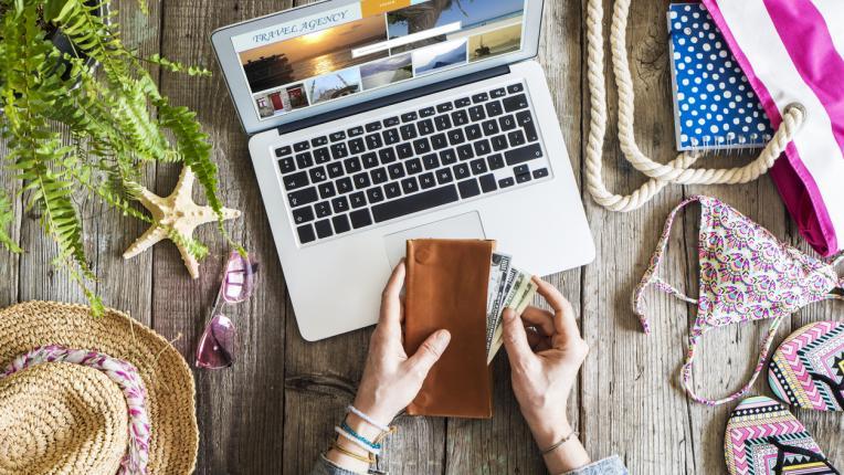 5 неща, които не трябва да носите в портфейла си