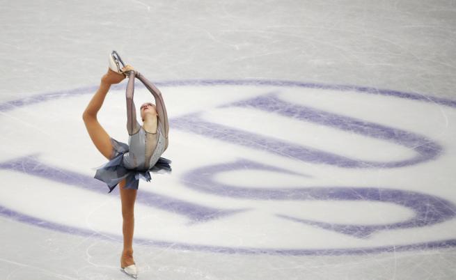 Новата звезда на българското фигурно пързаляне - Александра Фейгин