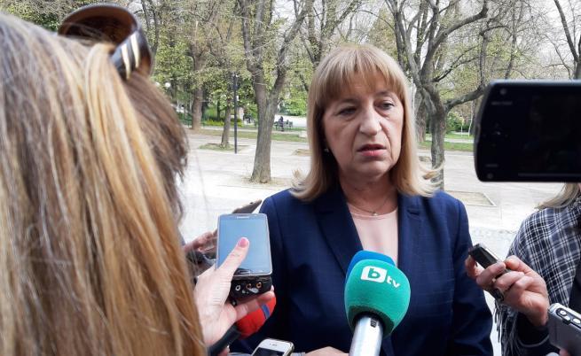 Бойко Борисов прие оставката на Цецка Цачева. Тя: Не съм взела решението си под натиск