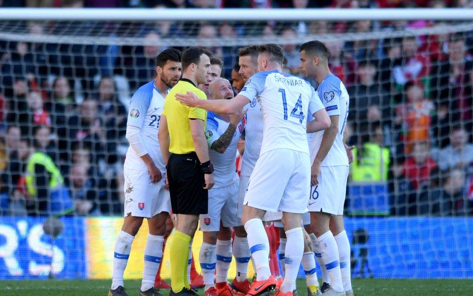 Словакия поиска отлагане на плейофа срещу Ирландия