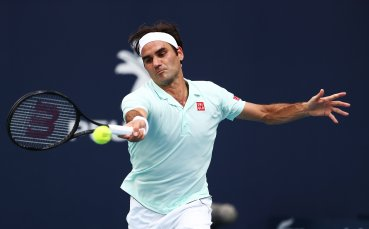 Федерер мина с лекота през сърбин, без изненади в Маями