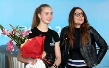 Перфектният тандем, върнал българския интерес към фигурното пързаляне – Александра Фейгин и Ина Лутай