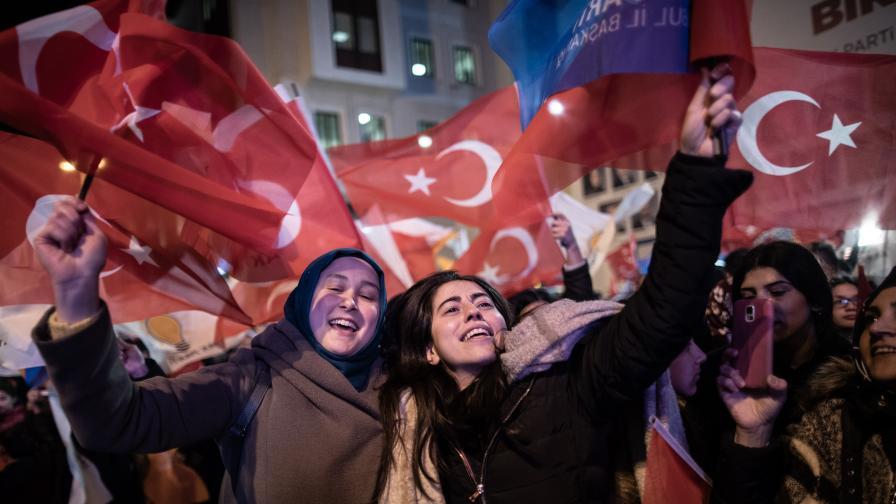 Поражение за Ердоган в Анкара и Истанбул