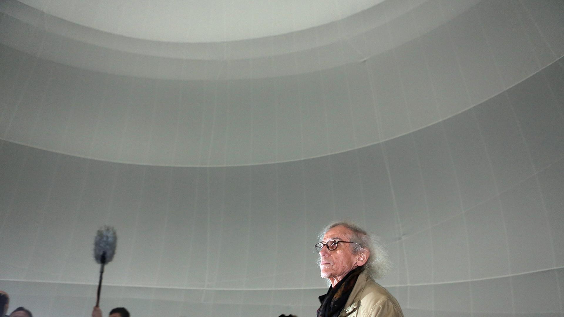 Кристо ще опакова Триумфалната арка в Париж