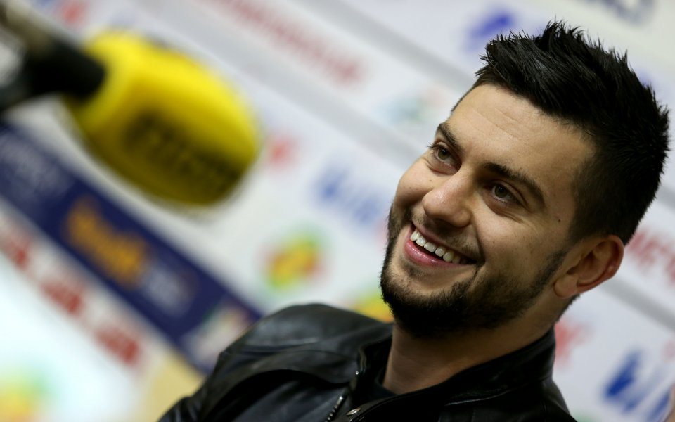 Голмайсторът на Първа лига черпи за първата си рожба