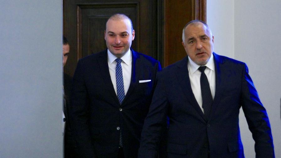 <p>Борисов предлага на Франция да помогне за &quot;Нотр Дам&quot;</p>