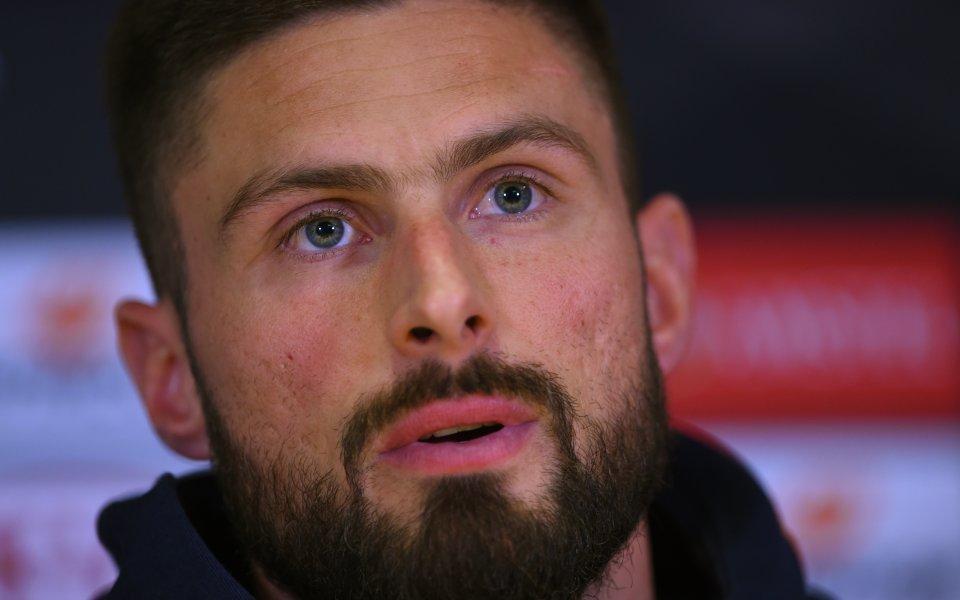 Интер възнамерява да привлече нападателя на Челси Оливие Жиру през