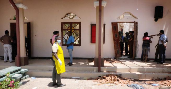 Снимка: 13 арестувани за експлозиите в Шри Ланка