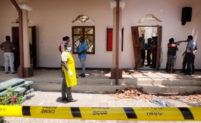 13 арестувани за експлозиите в Шри Ланка