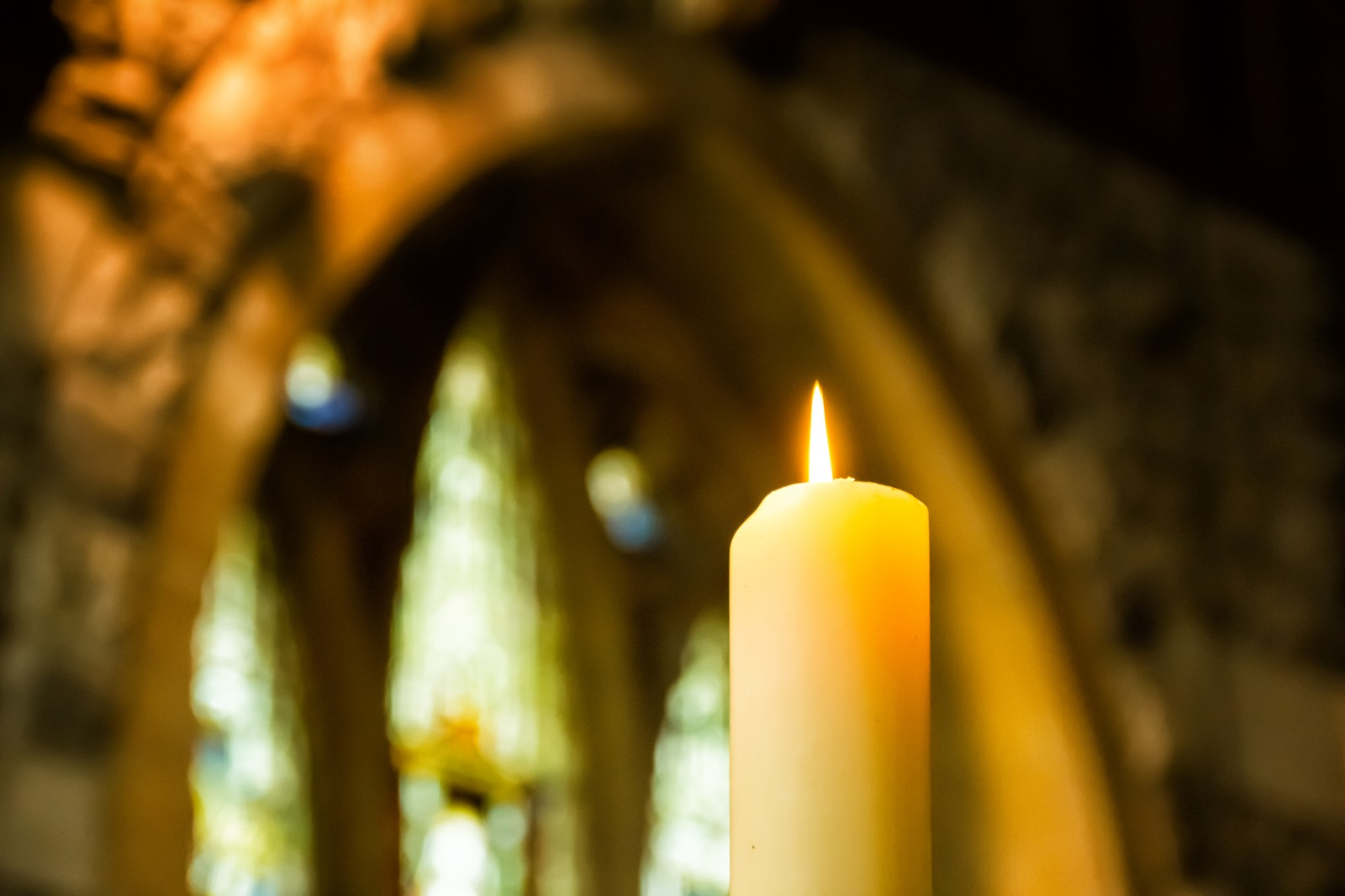 <p>На 17 март&nbsp;се&nbsp;почита паметта на Св. преподобни Алексий, човек Божи. Имен ден празнуват всички, носещи имената Алеко, Алекса, Алексей, Алекси, Алексий. Името Алекси се приема като кратка форма на гръцкото име Алексей, което означава защитник. В случая Св. Алексий получил званието &quot;Божи човек&quot;.</p>